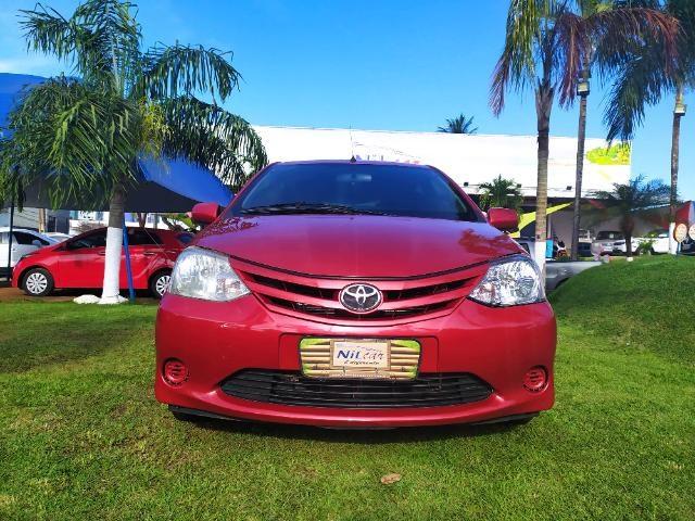 //www.autoline.com.br/carro/toyota/etios-13-hatch-xs-16v-flex-4p-manual/2013/natal-rn/14630400