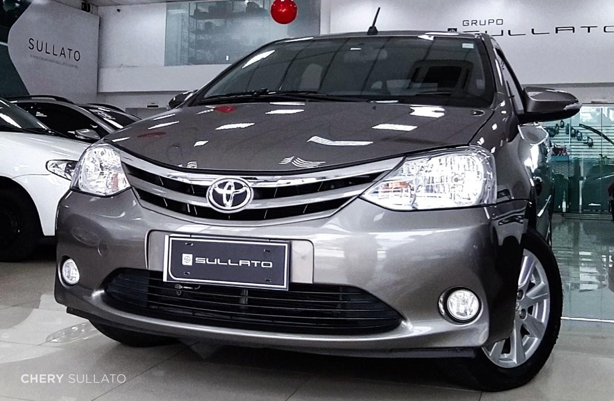 //www.autoline.com.br/carro/toyota/etios-15-hatch-xls-16v-flex-4p-automatico/2017/sao-paulo-sp/14641721