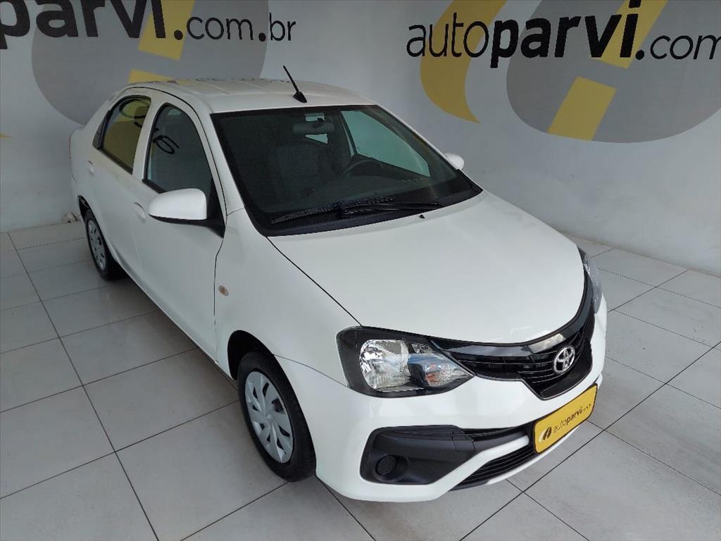 //www.autoline.com.br/carro/toyota/etios-15-sedan-x-16v-flex-4p-manual/2020/recife-pe/14645583