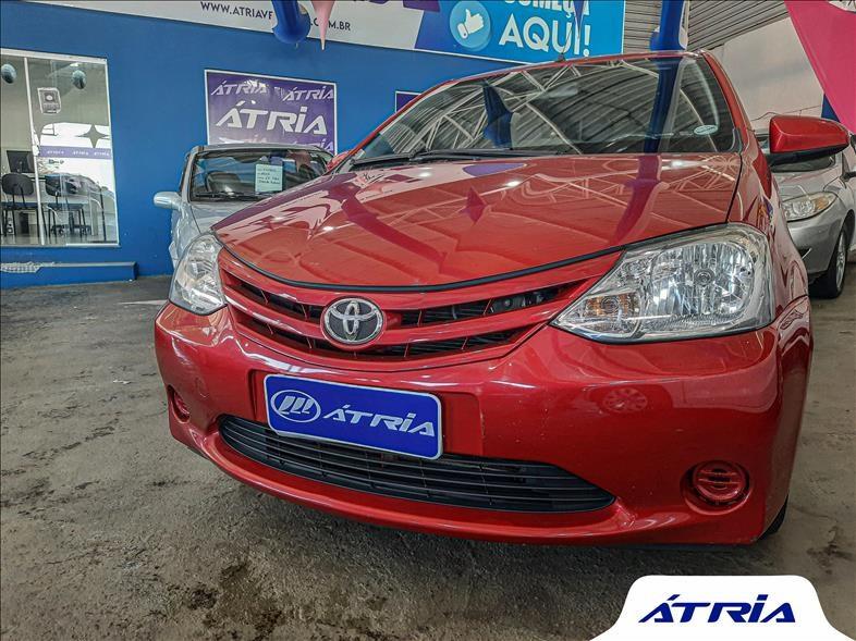 //www.autoline.com.br/carro/toyota/etios-15-hatch-xs-16v-flex-4p-manual/2015/campinas-sp/14665035