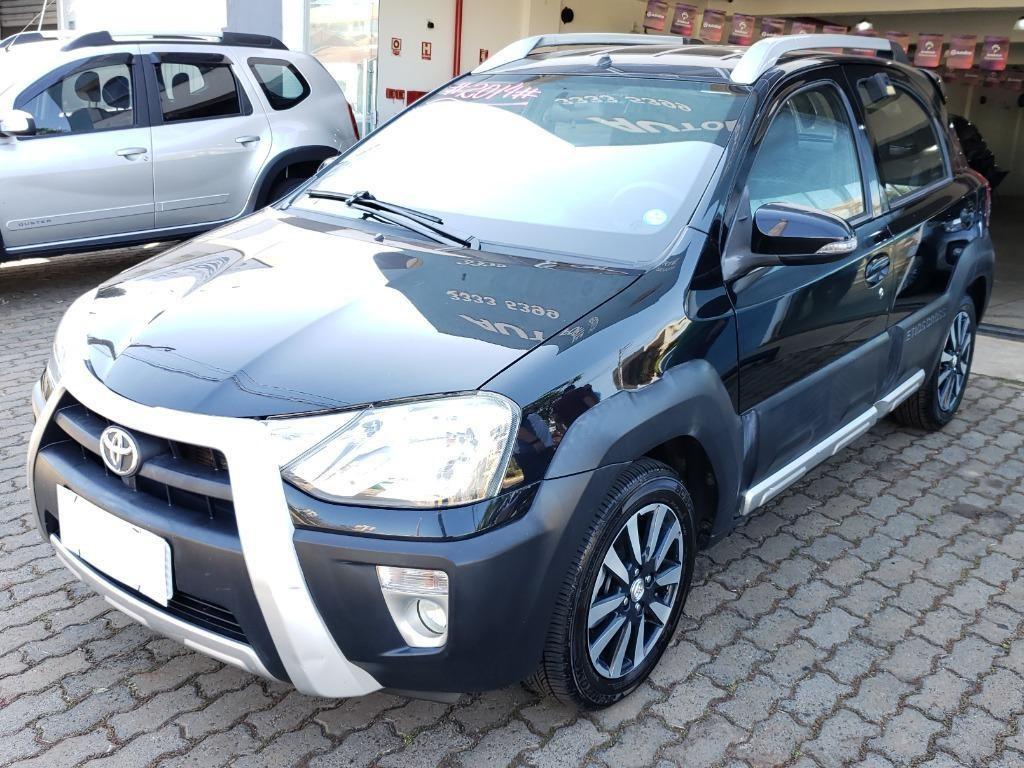 //www.autoline.com.br/carro/toyota/etios-15-cross-16v-flex-4p-manual/2014/araraquara-sp/14888161