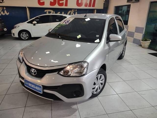 //www.autoline.com.br/carro/toyota/etios-13-hatch-x-16v-flex-4p-automatico/2018/sao-paulo-sp/14901982