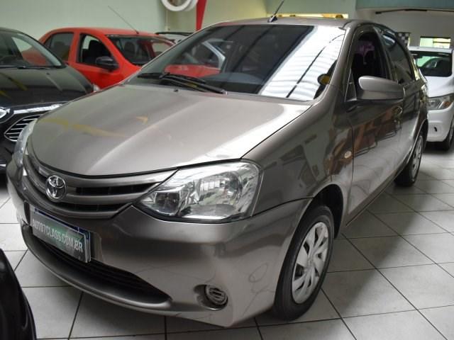 //www.autoline.com.br/carro/toyota/etios-15-sedan-x-16v-flex-4p-manual/2017/sorocaba-sp/14938767