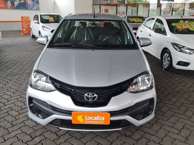 //www.autoline.com.br/carro/toyota/etios-15-sedan-x-plus-16v-flex-4p-automatico/2020/sao-paulo-sp/14958927