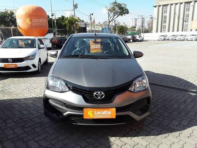//www.autoline.com.br/carro/toyota/etios-15-sedan-x-plus-16v-flex-4p-automatico/2020/sao-paulo-sp/15090635