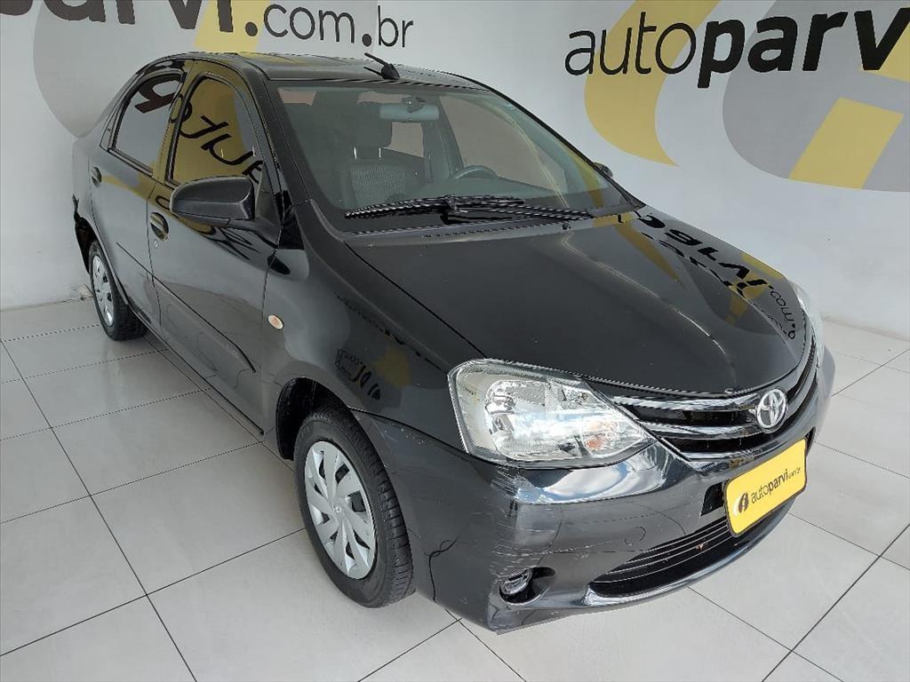 //www.autoline.com.br/carro/toyota/etios-15-sedan-x-16v-flex-4p-manual/2017/recife-pe/15109893