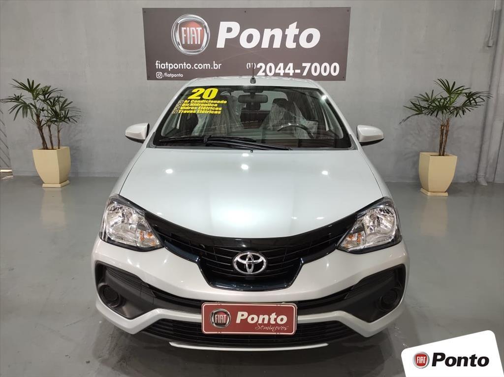 //www.autoline.com.br/carro/toyota/etios-13-hatch-x-16v-flex-4p-manual/2020/sao-paulo-sp/15132825