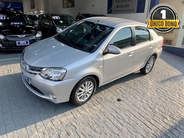 //www.autoline.com.br/carro/toyota/etios-15-sedan-xls-16v-flex-4p-manual/2014/sao-paulo-sp/15164953