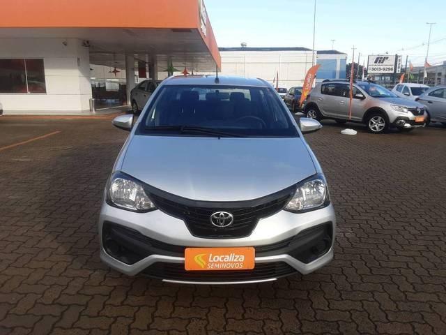 //www.autoline.com.br/carro/toyota/etios-15-hatch-x-plus-16v-flex-4p-manual/2020/sao-paulo-sp/15173644