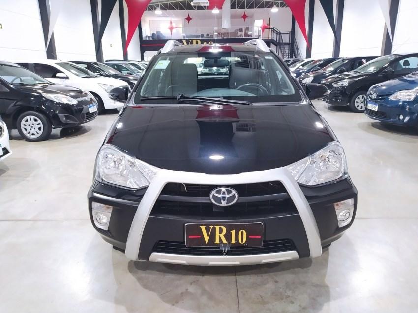 //www.autoline.com.br/carro/toyota/etios-15-cross-16v-flex-4p-manual/2015/maringa-pr/15173830