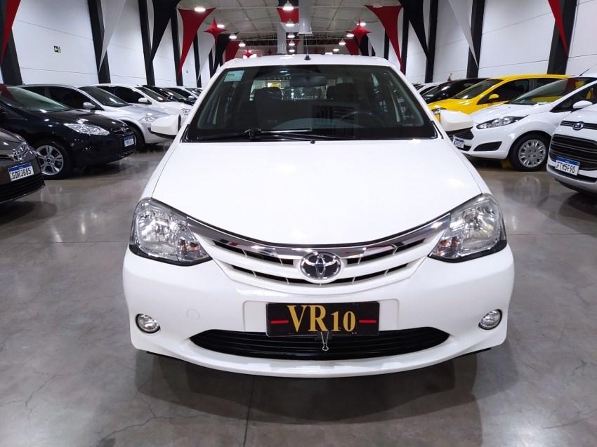 //www.autoline.com.br/carro/toyota/etios-15-sedan-xls-16v-flex-4p-manual/2014/maringa-pr/15176398