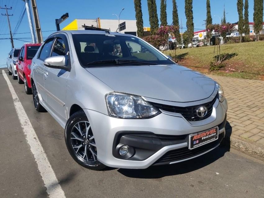 //www.autoline.com.br/carro/toyota/etios-15-sedan-platinum-16v-flex-4p-automatico/2017/telemaco-borba-pr/15210782