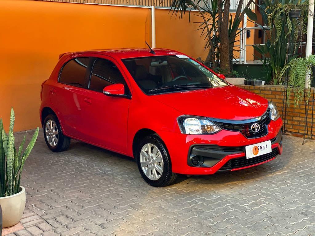 //www.autoline.com.br/carro/toyota/etios-15-hatch-x-plus-16v-flex-4p-automatico/2019/belo-horizonte-mg/15242932