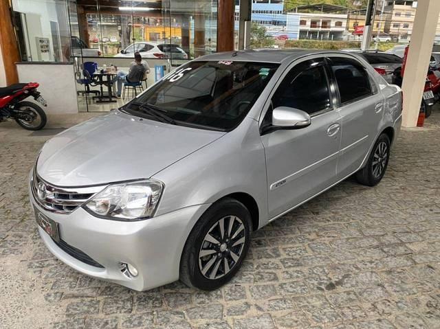 //www.autoline.com.br/carro/toyota/etios-15-sedan-platinum-16v-flex-4p-manual/2016/nova-friburgo-rj/15248400