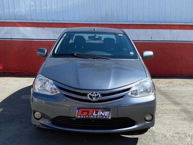 //www.autoline.com.br/carro/toyota/etios-15-sedan-xs-16v-flex-4p-manual/2013/curitiba-pr/15257424