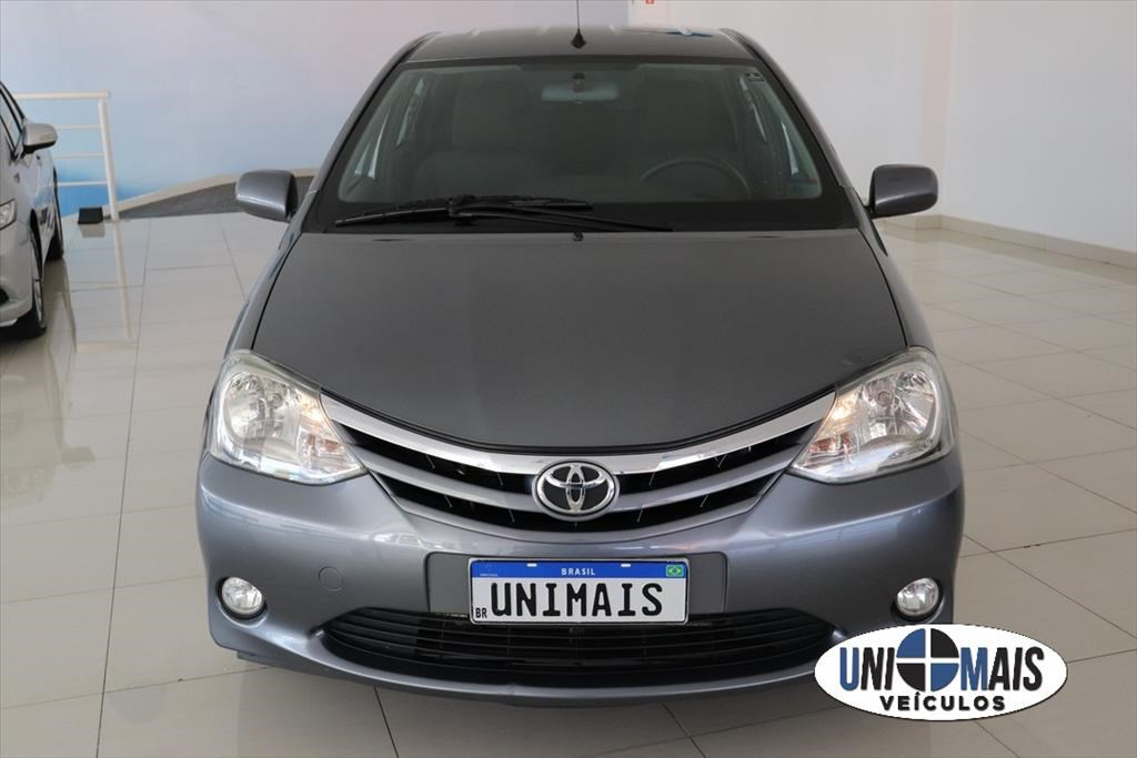 //www.autoline.com.br/carro/toyota/etios-15-sedan-xls-16v-flex-4p-manual/2013/campinas-sp/15259950