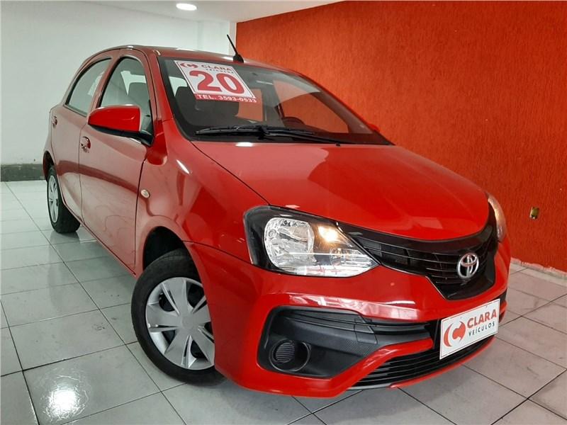 //www.autoline.com.br/carro/toyota/etios-13-hatch-x-16v-flex-4p-automatico/2020/rio-de-janeiro-rj/15307912
