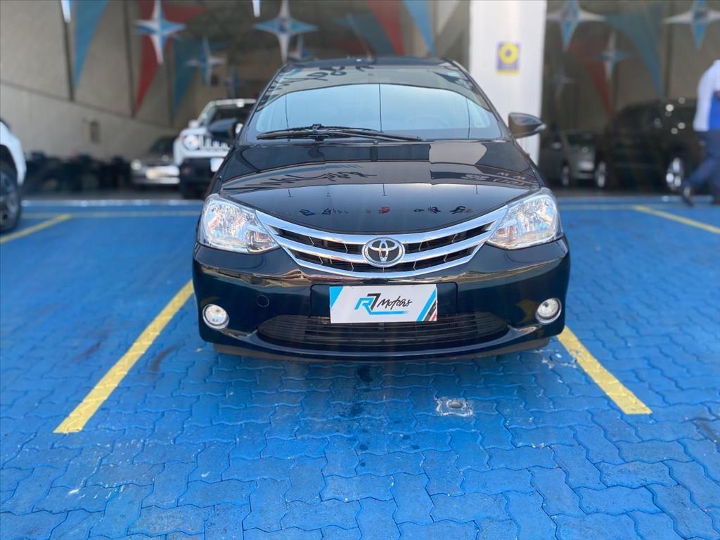 //www.autoline.com.br/carro/toyota/etios-15-hatch-platinum-16v-flex-4p-manual/2015/campinas-sp/15358995