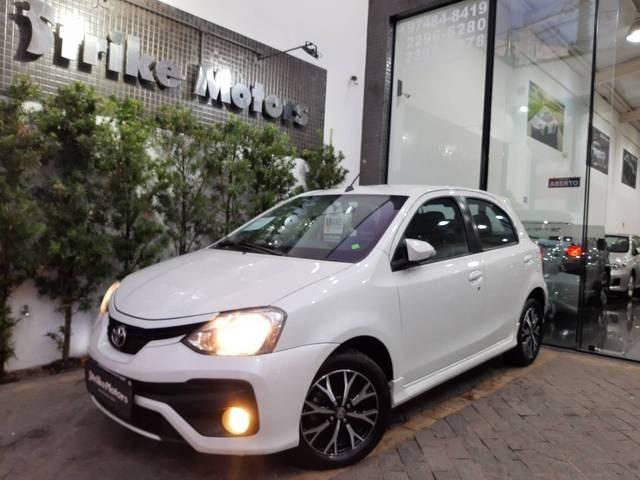 //www.autoline.com.br/carro/toyota/etios-15-hatch-platinum-16v-flex-4p-automatico/2017/sao-paulo-sp/15415067