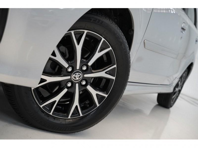 //www.autoline.com.br/carro/toyota/etios-15-sedan-platinum-16v-flex-4p-automatico/2017/vitoria-es/15466839
