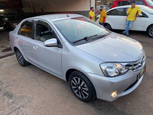 //www.autoline.com.br/carro/toyota/etios-15-sedan-platinum-16v-flex-4p-manual/2016/brasilia-df/15487990