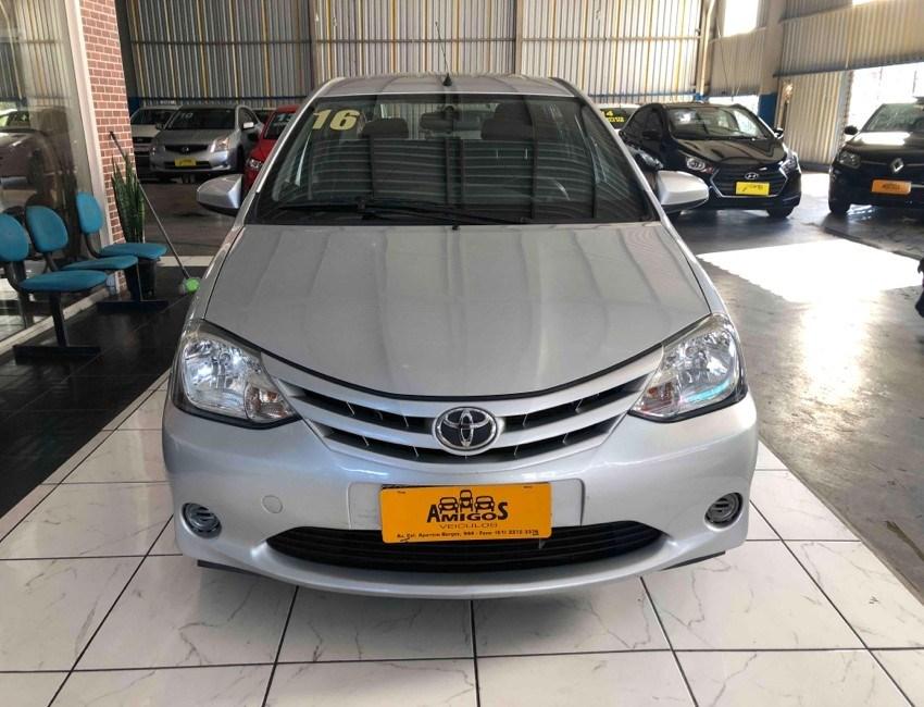//www.autoline.com.br/carro/toyota/etios-15-sedan-x-16v-flex-4p-manual/2016/porto-alegre-rs/15508610