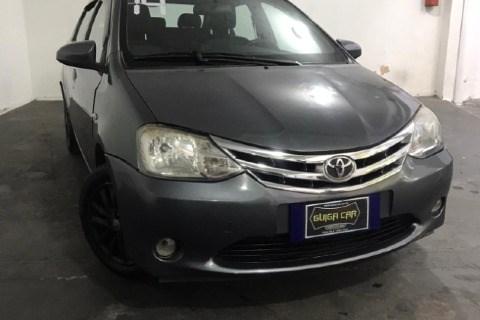//www.autoline.com.br/carro/toyota/etios-15-hatch-xls-16v-flex-4p-manual/2014/rio-de-janeiro-rj/15574549