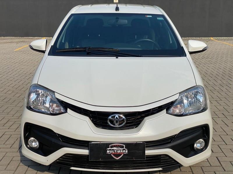 //www.autoline.com.br/carro/toyota/etios-15-sedan-platinum-16v-flex-4p-automatico/2017/curitiba-pr/15583498