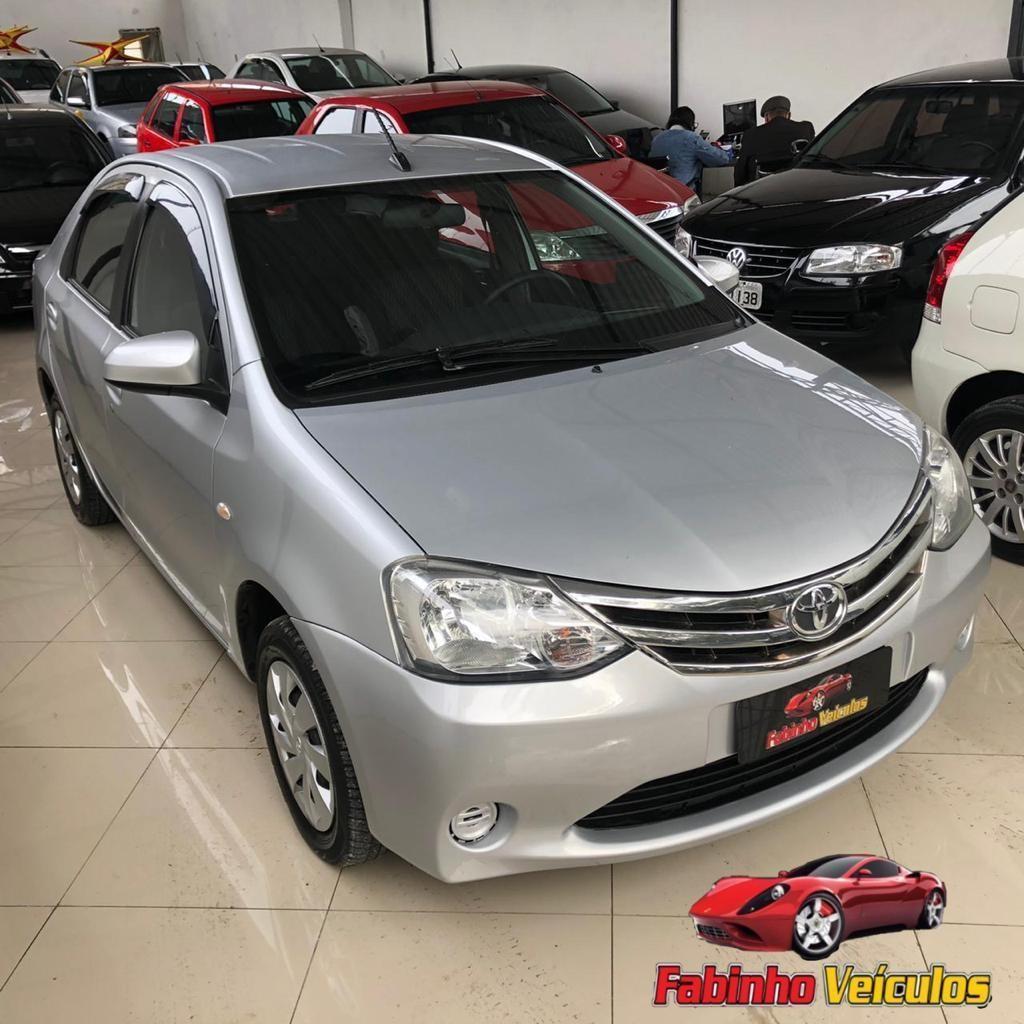 //www.autoline.com.br/carro/toyota/etios-15-sedan-xls-16v-flex-4p-automatico/2017/canoas-rs/15630245