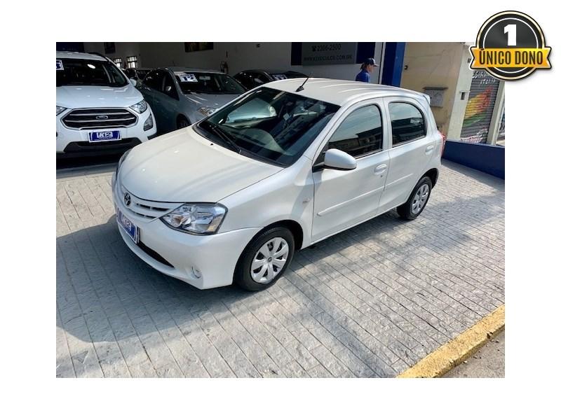 //www.autoline.com.br/carro/toyota/etios-13-hatch-x-16v-flex-4p-manual/2017/sao-paulo-sp/15680893