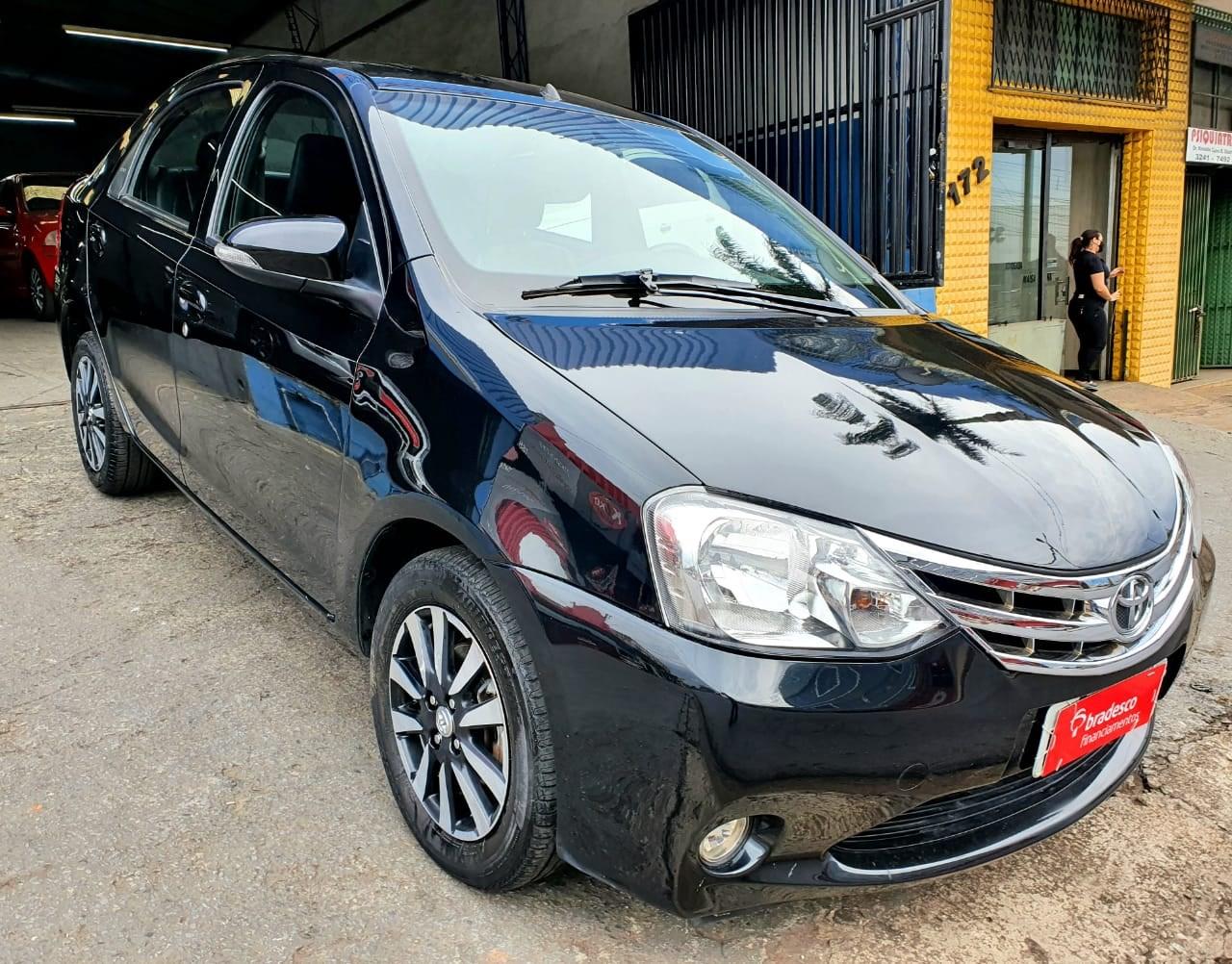 //www.autoline.com.br/carro/toyota/etios-15-sedan-platinum-16v-flex-4p-manual/2015/contagem-mg/15682619