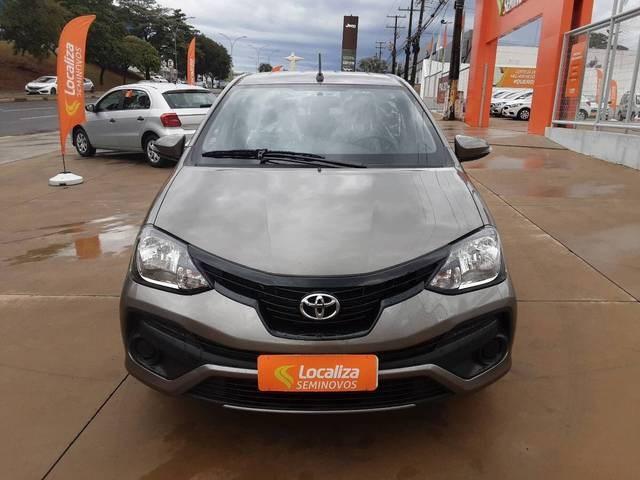 //www.autoline.com.br/carro/toyota/etios-15-sedan-x-plus-16v-flex-4p-automatico/2020/belo-horizonte-mg/15683072