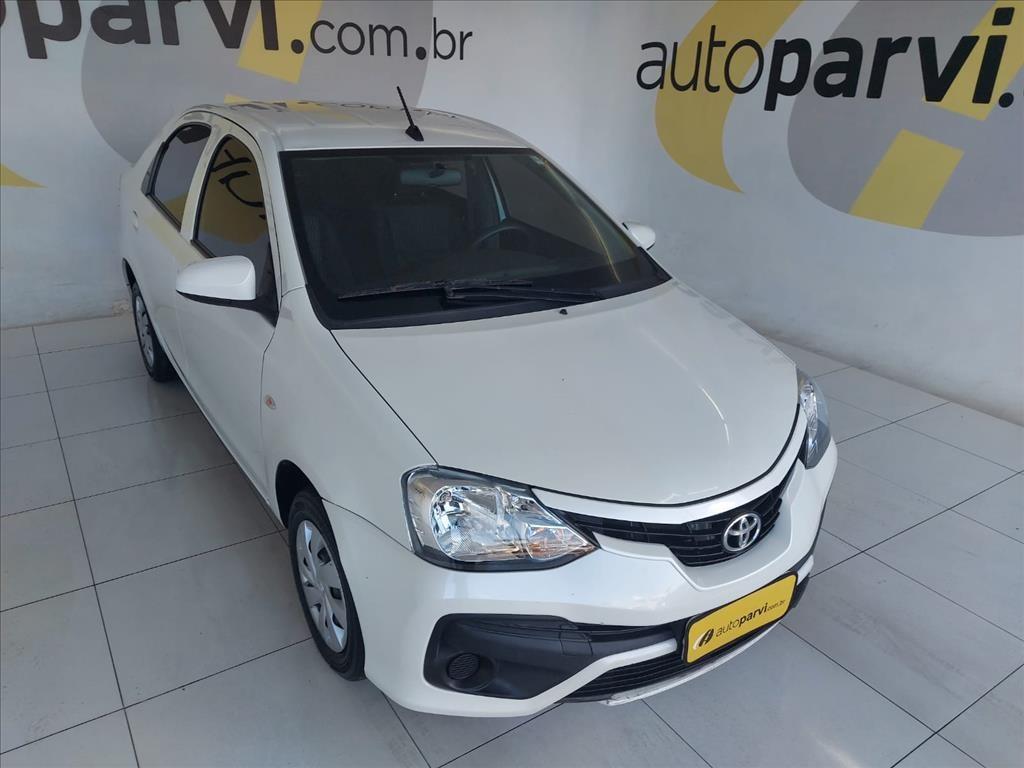 //www.autoline.com.br/carro/toyota/etios-15-sedan-x-16v-flex-4p-automatico/2018/recife-pe/15705411