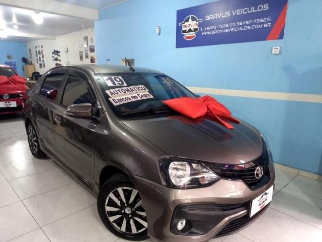 //www.autoline.com.br/carro/toyota/etios-15-sedan-xls-16v-flex-4p-automatico/2019/sao-paulo-sp/15710758