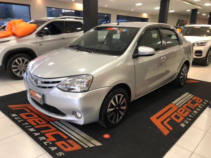 //www.autoline.com.br/carro/toyota/etios-15-sedan-platinum-16v-flex-4p-manual/2016/curitiba-pr/15723333