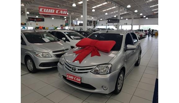 //www.autoline.com.br/carro/toyota/etios-13-x-16v-flex-4p-manual/2017/curitiba-pr/6687841