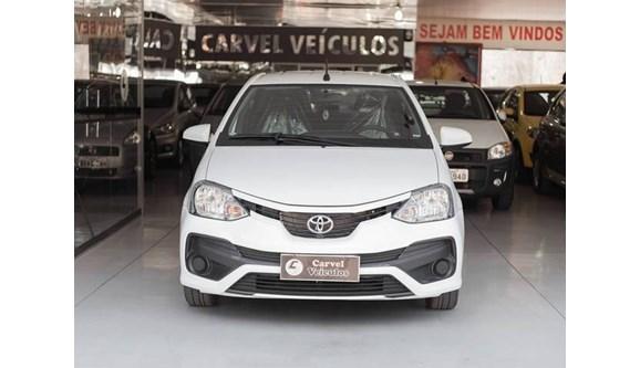 //www.autoline.com.br/carro/toyota/etios-15-xs-16v-flex-4p-automatico/2018/ipatinga-mg/7849167