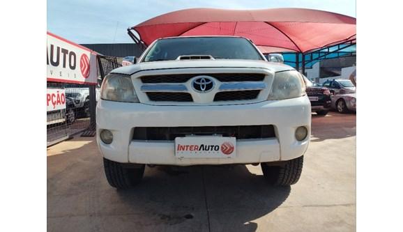 //www.autoline.com.br/carro/toyota/hilux-30-srv-16v-picape-diesel-4p-automatico-4x4-tu/2007/campo-grande-ms/10459381