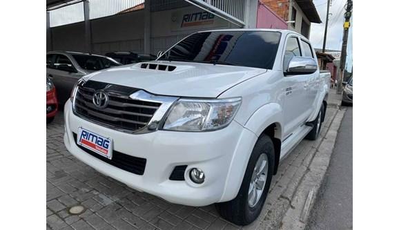 //www.autoline.com.br/carro/toyota/hilux-30-sr-16v-picape-diesel-4p-automatico-4x4-tur/2015/fortaleza-ce/10655059