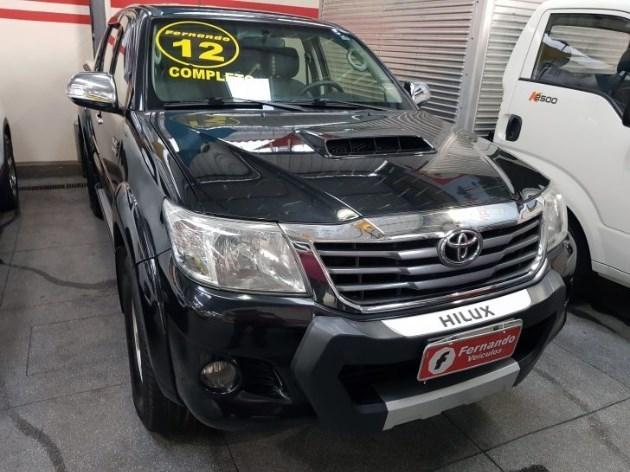 //www.autoline.com.br/carro/toyota/hilux-30-cd-srv-16v-diesel-4p-4x4-turbo-automatico/2012/angra-dos-reis-rj/11010156