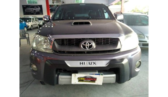 //www.autoline.com.br/carro/toyota/hilux-30-sr-16v-picape-diesel-4p-manual/2009/rio-das-ostras-rj/11224274