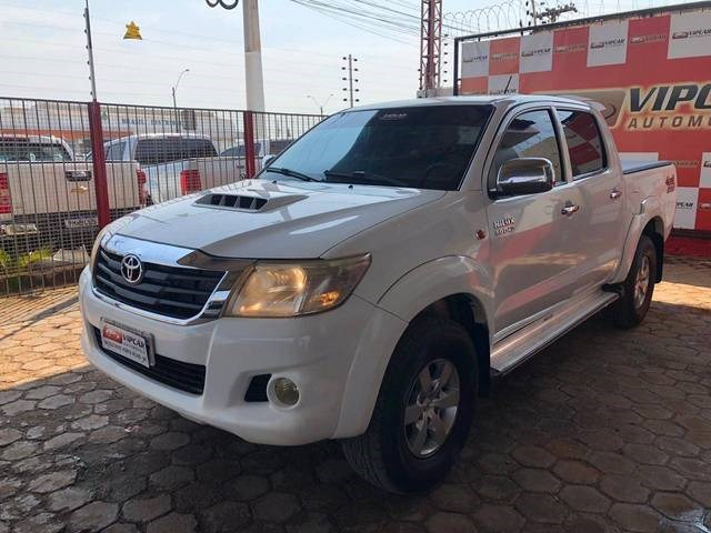 //www.autoline.com.br/carro/toyota/hilux-30-std-16v-picape-diesel-4p-manual-4x4-turbo/2015/porto-velho-ro/12522188