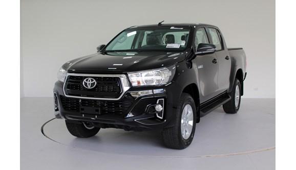 //www.autoline.com.br/carro/toyota/hilux-28-sr-16v-picape-diesel-4p-automatico-4x4-tur/2020/curitiba-pr/12783449