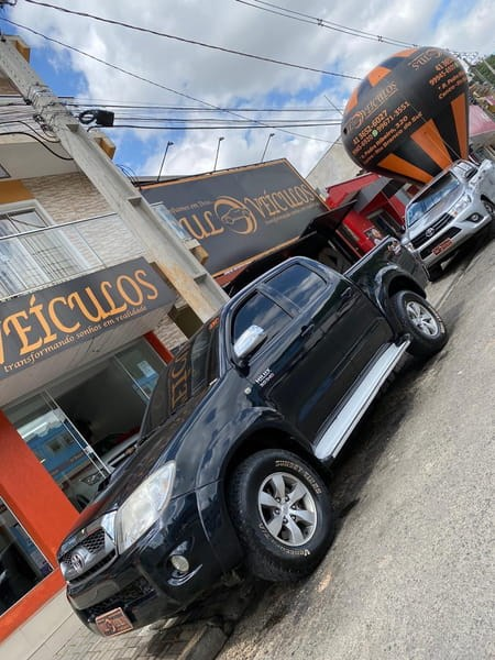 //www.autoline.com.br/carro/toyota/hilux-30-srv-16v-picape-diesel-4p-manual/2009/rio-branco-do-sul-pr/12791541