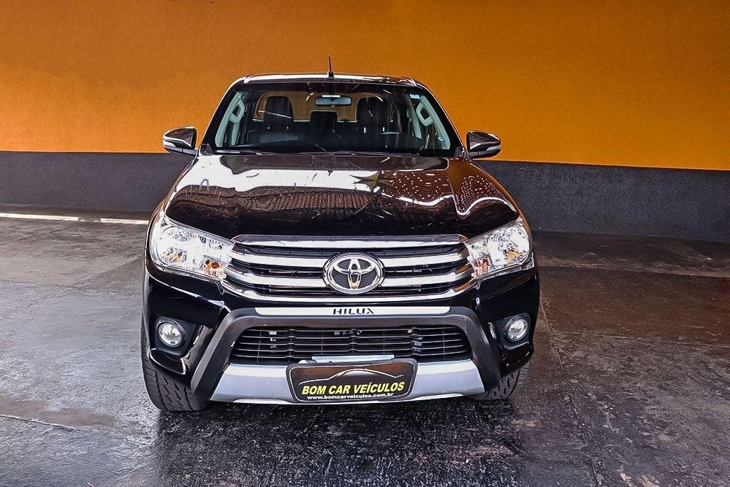 //www.autoline.com.br/carro/toyota/hilux-28-srv-16v-picape-diesel-4p-automatico-4x4-tu/2017/ribeirao-preto-sp/13146949