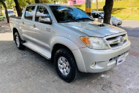 //www.autoline.com.br/carro/toyota/hilux-25-16v-picape-diesel-2p-manual-4x4-turbo/2006/belo-horizonte-mg/13337567