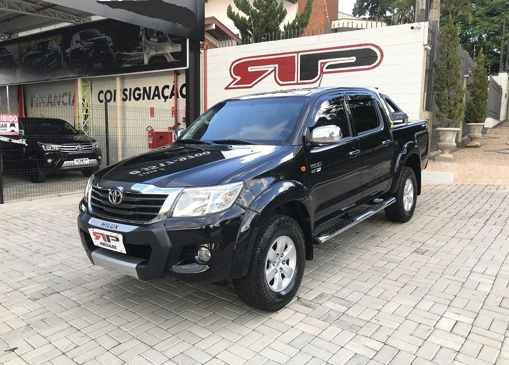 //www.autoline.com.br/carro/toyota/hilux-27-cd-sr-16v-flex-4p-automatico/2013/vinhedo-sp/14278667