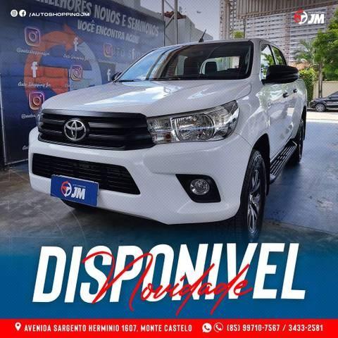 //www.autoline.com.br/carro/toyota/hilux-28-cs-chassi-16v-diesel-2p-4x4-turbo-manual/2019/fortaleza-ce/14718258