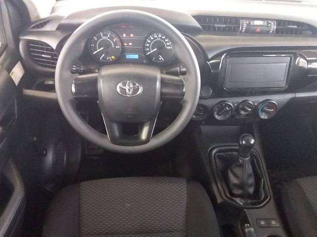 //www.autoline.com.br/carro/toyota/hilux-28-cd-std-narrow-16v-diesel-4p-4x4-turbo-manu/2018/belo-horizonte-mg/14719804