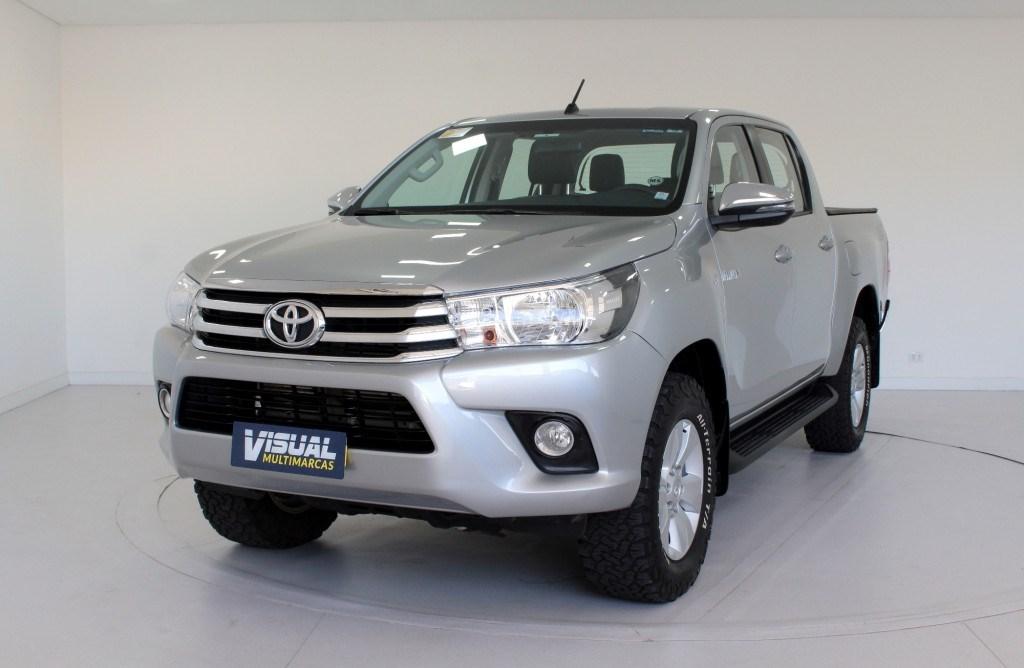 //www.autoline.com.br/carro/toyota/hilux-28-cd-srv-16v-diesel-4p-4x4-turbo-automatico/2018/curitiba-pr/14752328